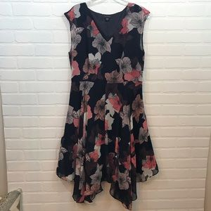 Metaphor Dress Sz 12 Fit and Flare Navy Floral